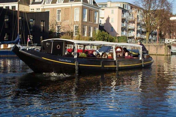 Open varen in Amsterdam met de Stella Maris