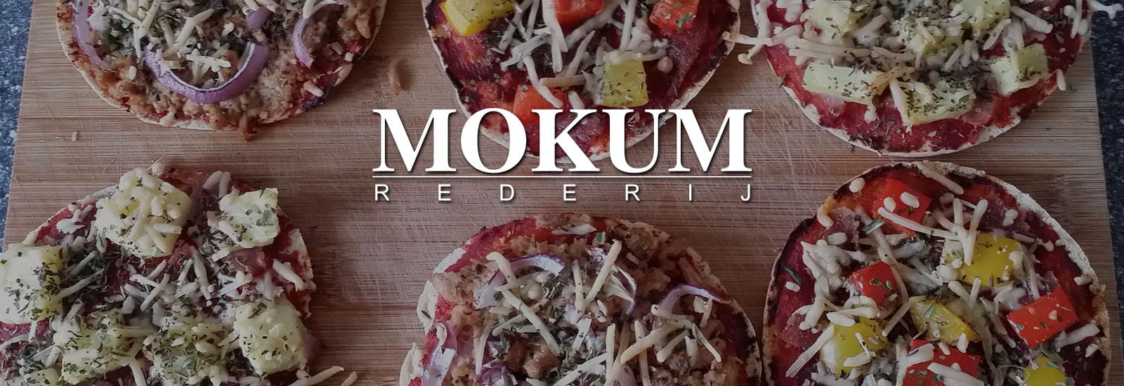 Pizza en rode wijn  - Boot huren Amsterdam