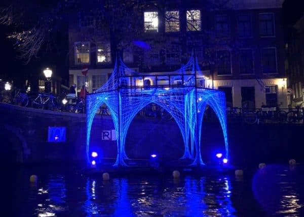 amsterdam light festival blauw licht