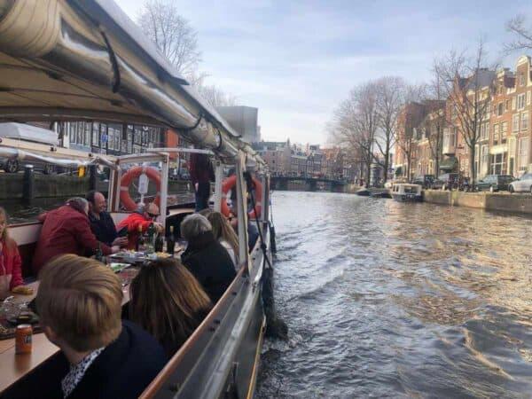 amsterdamse borrelboot