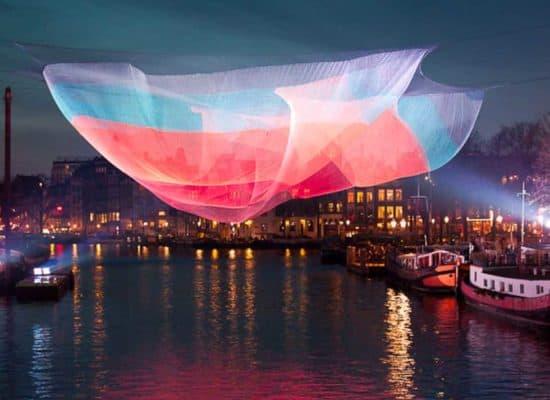 Dinner cruise Amsterdam Light Festival 2018-2019