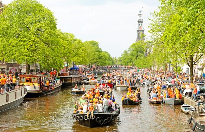 koningsdag boot huren amsterdam