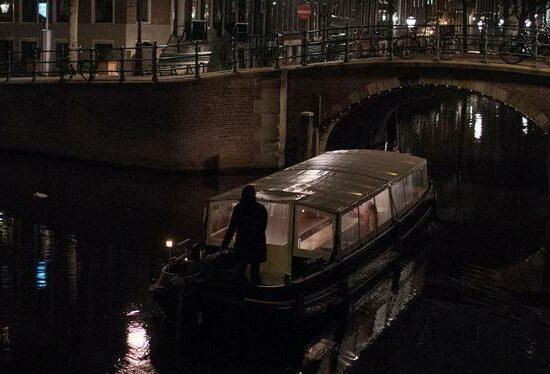 Varen in de nacht met schipper Han van Rozendaal